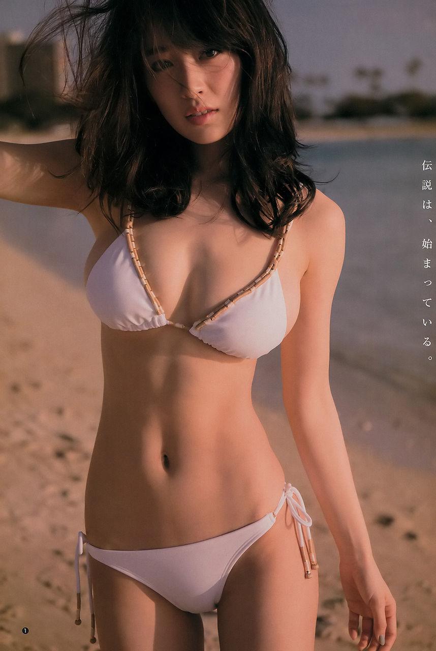 【エンタメ画像】人気急上昇中!!美人モデル泉里香ちゃんのアイドル顔負け 爆乳スイムスーツグラビア画像。