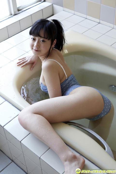 永井すみれ010733