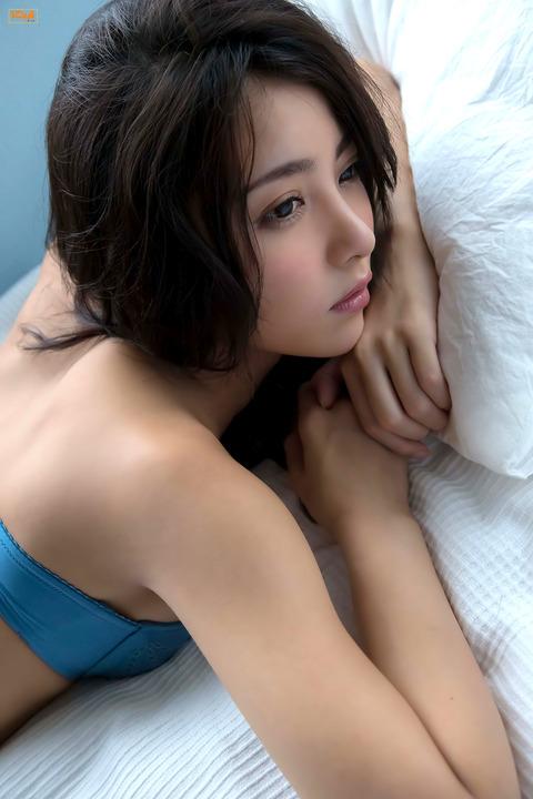 石川恋010220