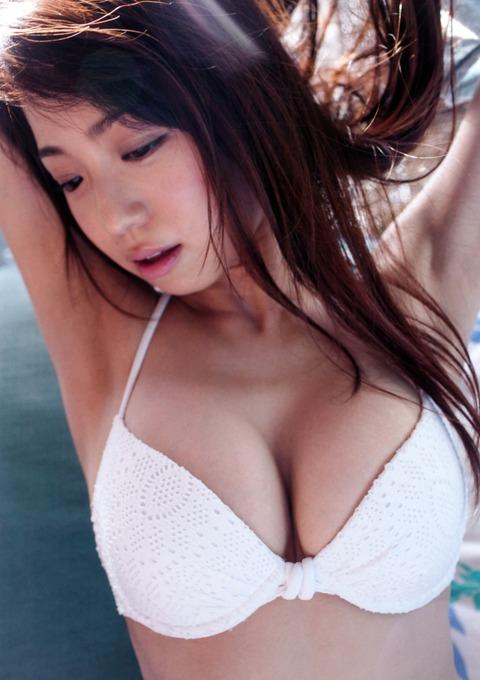 中村静香021338