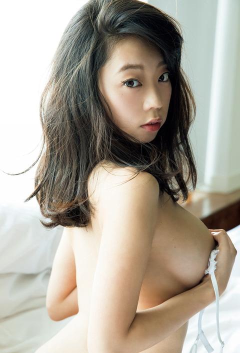 青山ひかる07