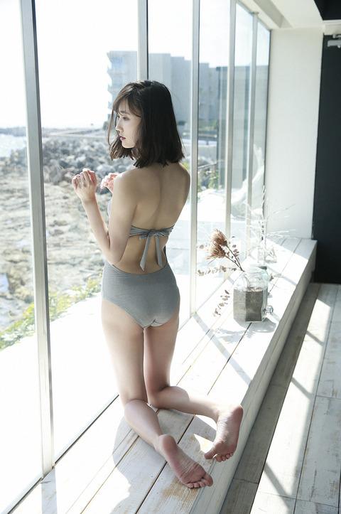 鈴木友菜27