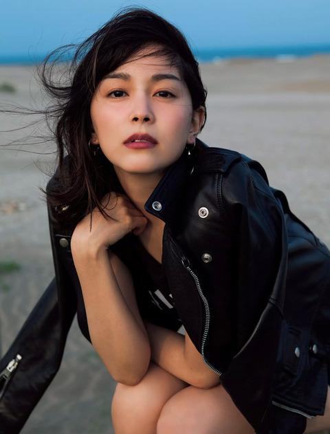 石橋杏奈05