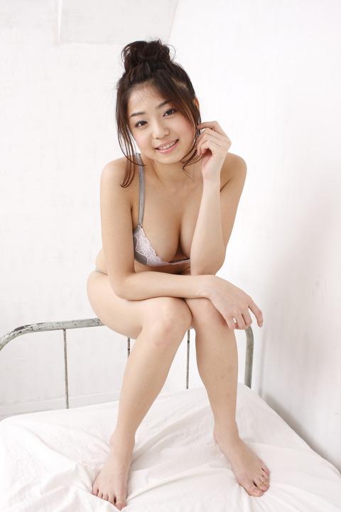 中村静香 001