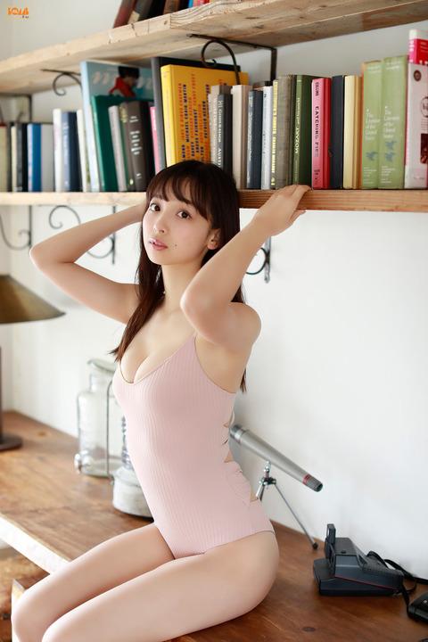 華村あすか35