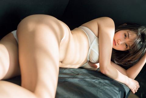 出口亜梨沙09