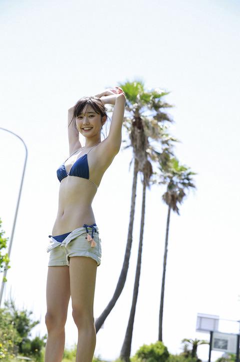 鈴木友菜14