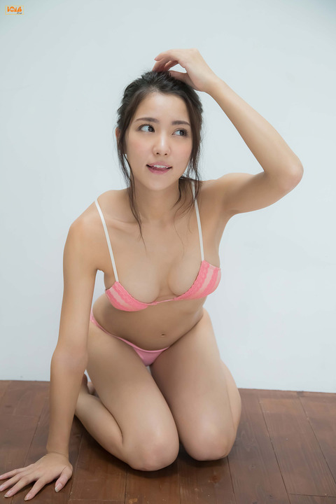 石川恋010257