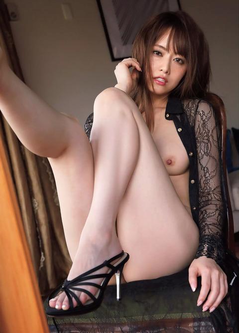 吉沢明歩02