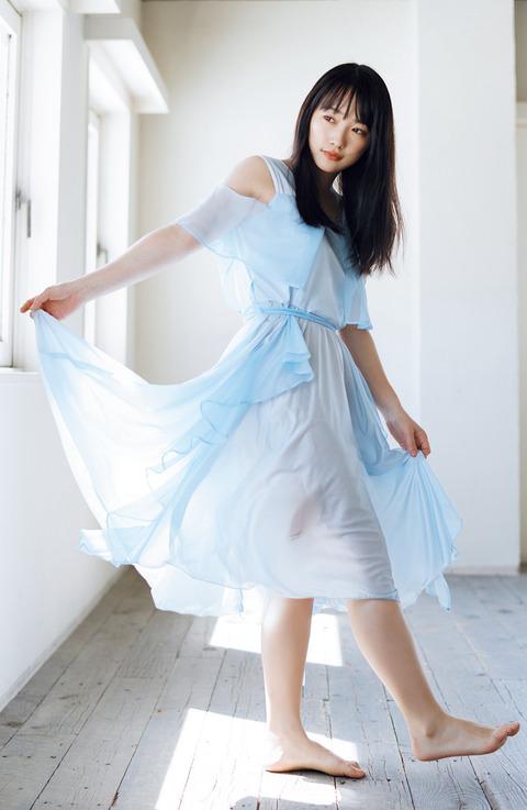川栄李奈02
