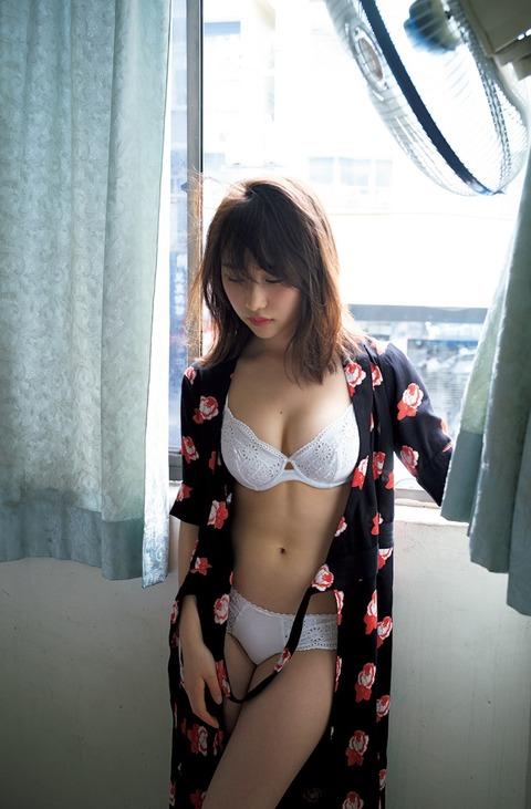 高橋朱里13