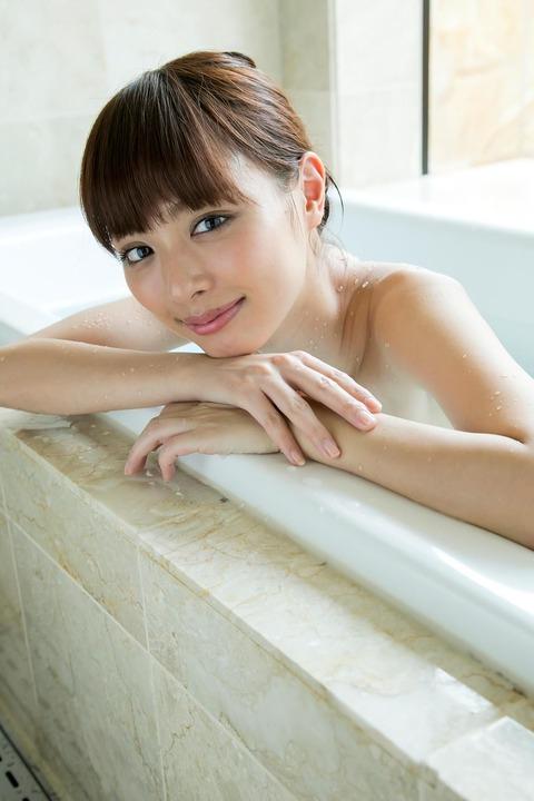 内田理央34