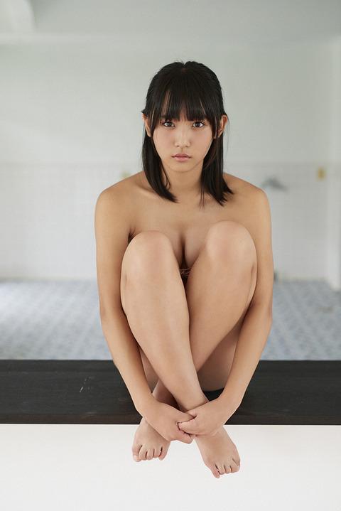 浅川梨奈012336