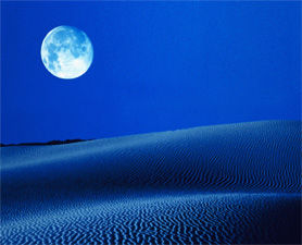 blue-moon-crazy-120831-676646-