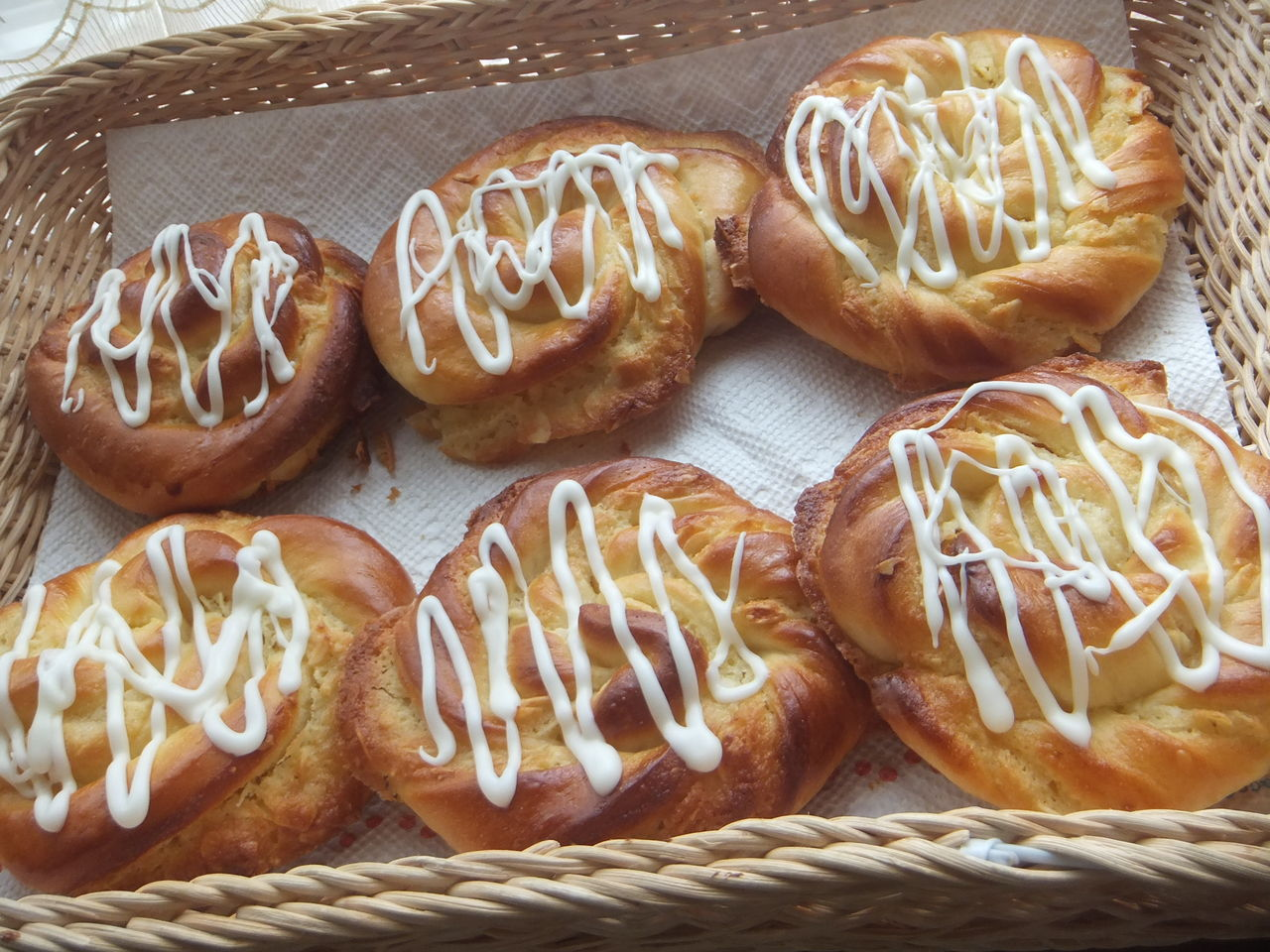 「アーモンドクリームデニッシュパン写真フリー」の画像検索結果