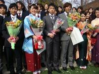 織田さん卒業式2