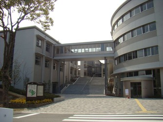 総合情報学部