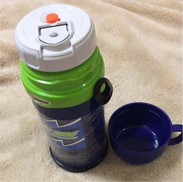 【画像】大学にこの水筒持って行ったらドン引きされたんだけど言うほど変か?