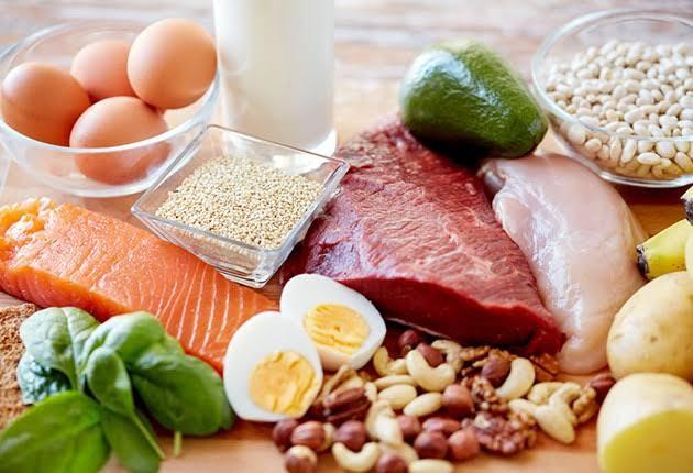 三大栄養素のうちタンパク質だけ摂取難易度高くね?