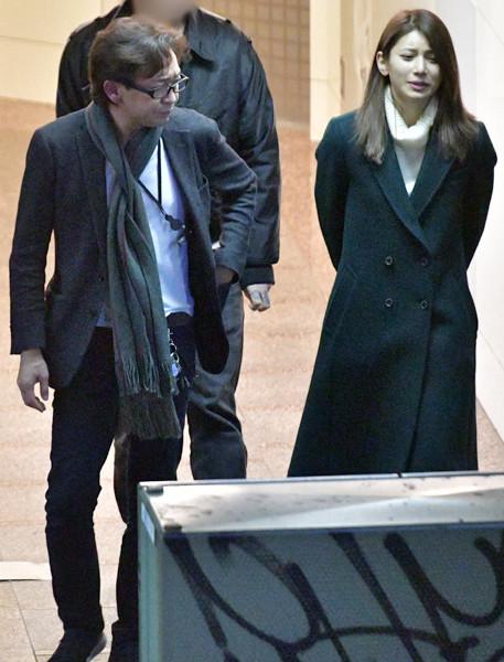 TOKIO城島リーダー(48)、25歳年下の美女とはしご酒デート