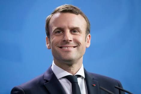 フランスで徴兵制復活へ マクロン大統領、テロの脅威に備えるため