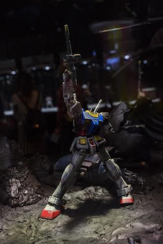 gun161122_021