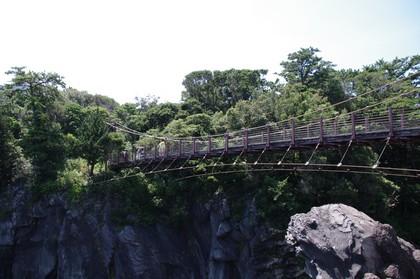 吊り橋・・・ちょっと怖いです