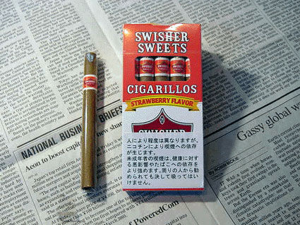 swisher-sweets-strawberry-cigarillos02