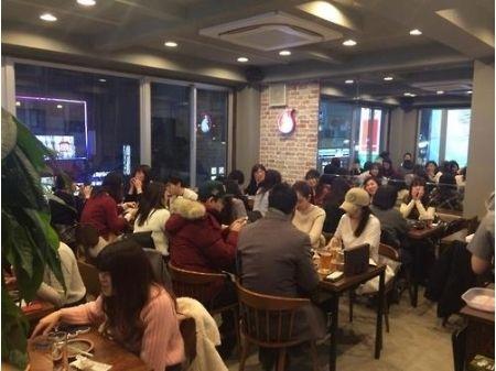 日本初進出の韓国チキン専門店「グッネチキン」のフライドチキンが汚すぎてもはや食べ物じゃないwwwwwwwww【衝撃画像】