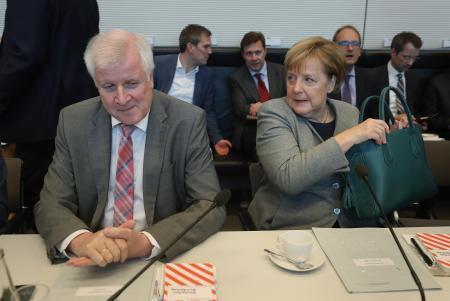 【ドイツ】保守政権の牙城、南部バイエルン州で地方選、与党大敗の可能性 首相の難民政策に審判