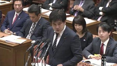 【森友学園】安倍夫人、総理は土地取引に関与してないと思う=民進党今井氏 安倍首相「疑惑、疑惑というなら職を賭けるのか」と迫る