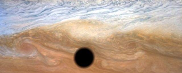 【宇宙】木星表面に現れた巨大な黒い何かの正体:画像あり