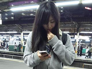 駅で撮られた高画質な制服「JK」シリーズ!→実際肉眼で視てるような生々しい写真40枚追加。