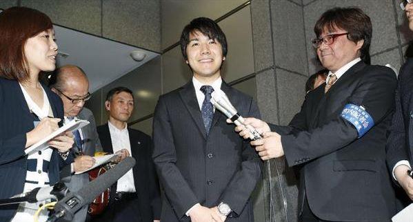 眞子さまと婚約延期中の小室圭さん、3年の予定で米国へ 弁護士資格を取得するため