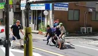 【動画】 刃物男逮捕の一部始終 クロネコヤマト配達員が強すぎると話題に