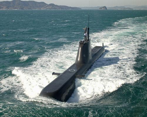 【韓国海軍】最新鋭214級潜水艦の7番艦を'洪範図艦'と命名! ⇒2ch「とうとう共産党員の名前が」