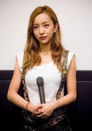 【悲報】元AKB48・板野友美が完全終了のお知らせ → どうしてこうなった・・・・・・・・・・・・・・・