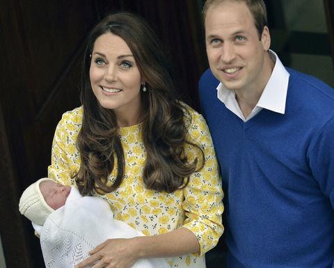 シャーロット王女の最新の現在画像にネット衝撃wwウィリアム王子とキャサリン妃の子供(長女)の近影写真を英王室が公開!2ch「エリザベス女王似」「兄のジョージ王子とは似てない」