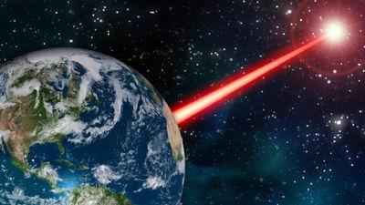 人類「宇宙人さん、見つけて!」宇宙にレーザーを発射する模様