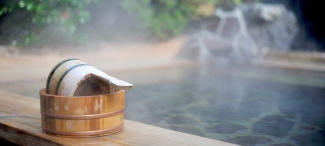 【画像あり】混浴風呂だと知らずに全裸で入ってきてしまった外国人女性wwwwwwwww