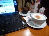 ドバイ空港のカフェ
