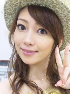 飯田圭織 bpm 公式ブログ : 飯田圭織です。 < 熱い稽古場!『ジッパー!』T
