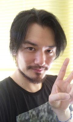 小田井涼平 皆さんこんにちは!小田井涼平です。この度はめでたく『ジッパー』に参加させ... ハイ