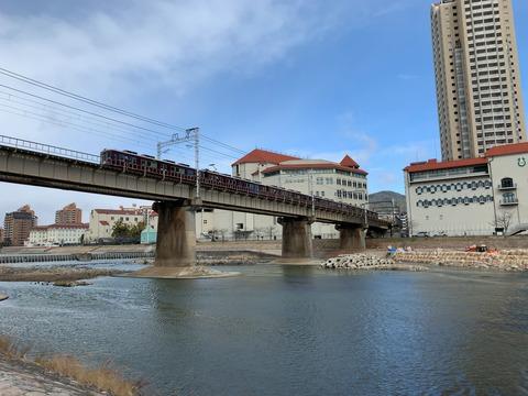武庫川河川敷1宝塚大橋