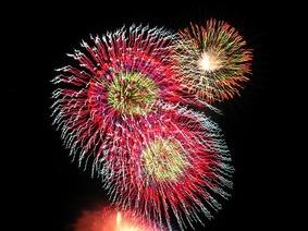 zushi-firework-4
