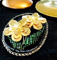 ビーズ刺繍2
