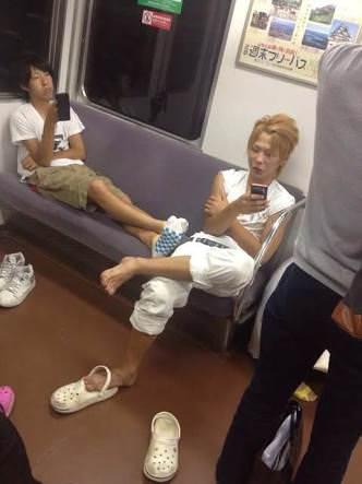 【激写】電車に凶悪DQN、現れるwwwwwwwwww