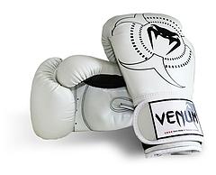 Venum ボクシンググローブ Target