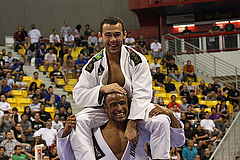 Mundial 2009 メジオ級決勝