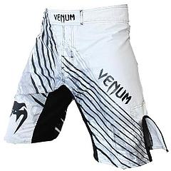 VENUM ファイトショーツ Blade 白/黒